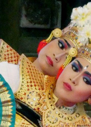 Tari Leko dari Tunjuk, Tabanan, di Tamana Budaya Denpasar