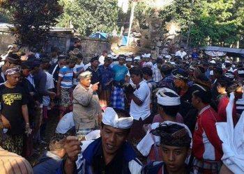 Tradisi Aci Keburan di Desa Kelusa, Gianyar./Foto: koleksi penulis