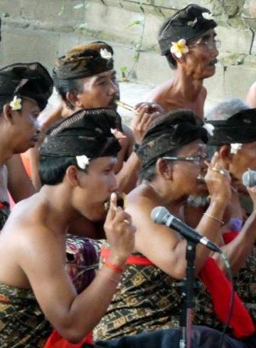 Sekaa genggong dari Batuan di Taman Budaya Denpasar
