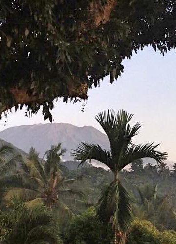 Gunung Agung. Foto FB/Ayip Budiman. Difoto 19 September 2017