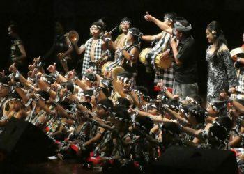Pentas Hung Siwer di Gedung Ksirarnawa Taman Budaya Denpasar