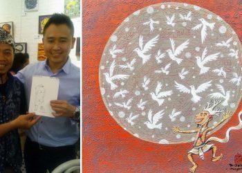 Arya Dedok (kiri) dan karya yang dipamerkan di Singapura
