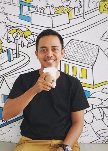 Monez, seniman Bali. /Foto: CushCush Gallery