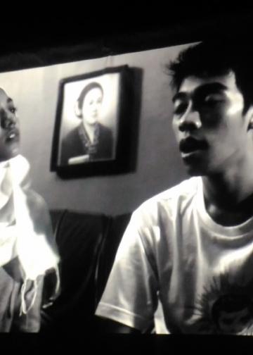 Salah satu film yang diputar Cinecoda di Taman Baca Kesiman