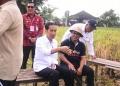 """""""Saya dan Jokowi di Tengah Sawah"""" – Cerita Gembira Perbekel Kukuh Made Sugianto"""