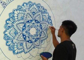 Sumadi, Putra Nusa Penida, dan Mural di Dinding Vila