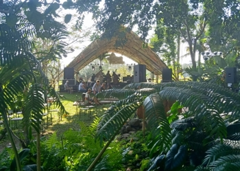 Panggung Uma di Festival Tepi Sawah 2018. (Foto-foto: Ole)