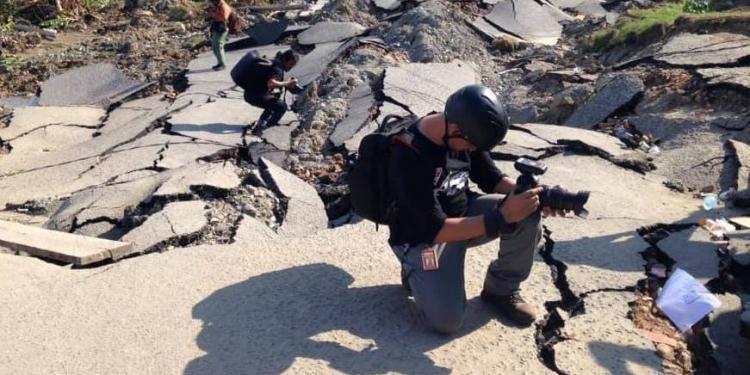 Liputan di areal bencana gempa-tsunami Kota Palu, Sulteng. (Foto-foto: Heyder Affan)