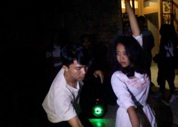 Teater Kalangan pentas di hari pertama Parade Teater Canasta, Denpasar