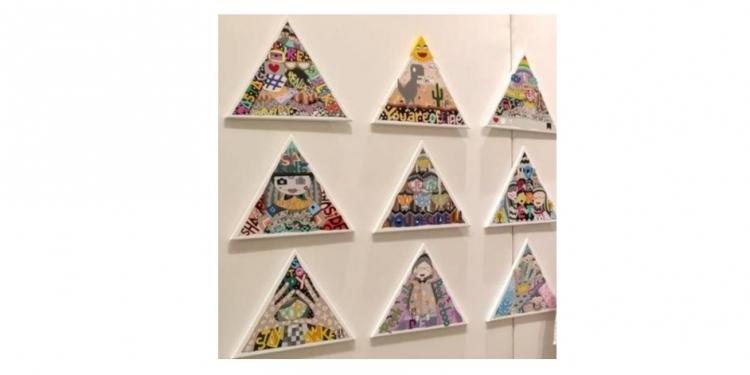Lukisan Riski Nanda Riwaldi dalam pameran bersama bertajuk 'Akhir Bahagia' di Galeri Maya Sanur