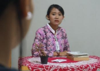Putu Cleo Chintya Rossa Devi pentas perdana Monolog Teror dalam acara Nonton Monolog di Canasta Creative Space, Denpasar Sabtu 25 Mei 2019,
