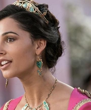 Princess Jasmine diperankan Naomi Scott (Foto Google)
