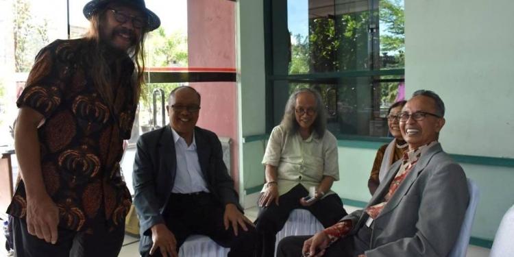 Prof. Sardono W Kusumo, Prof. Timbul Haryono, Prof F.X. Mudji Sutrisno, Prof Sumarsam