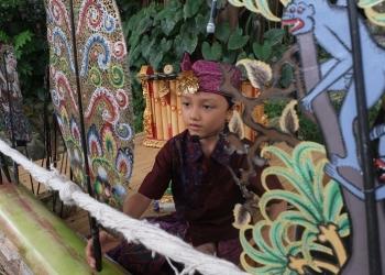 Dalang Cilik Narend di Festival Tepi Sawah 2019/ Foto: Gandhi