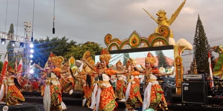 Pembukaan Bulfest 2019 di areal Tugu Singa Ambara Raja, Singaraja, Selasa 6 Agustus 2019