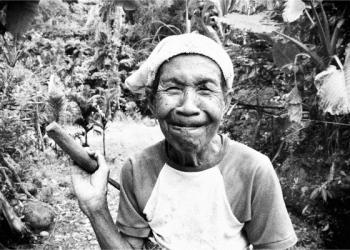 Foto karya Doni Balak yang dipamerkan di Komunitas Mahima, Singaraja, Bali, 9-20 Oktober 2019
