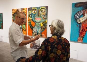 """Seniman yang tergabung dalam kelompok Oerip menggelar pameran lukisan bersama di Bentara Budaya Bali (BBB). Eksibisi yang merujuk tajuk """"Oeroep"""" atau Urup ini dibuka secara resmi pada Kamis (3/10) di BBB."""