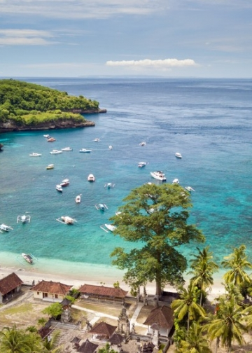Pulau Nusa Penida di Penida (Desa Sakti). Sumber foto: travelingyuk.com