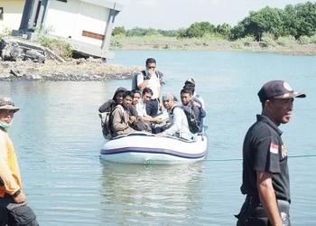 Liputan bersama teman wartawan di daerah bencana